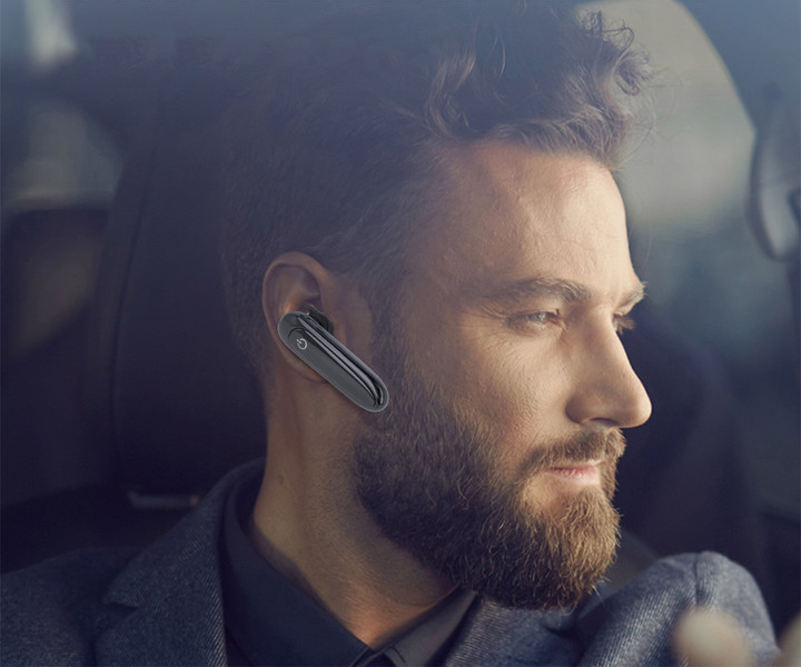 Bluetooth slušalka in solarna polnilna postaja
